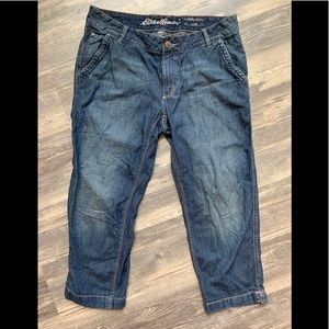 Eddie Bauer Size 6 Crop Jeans